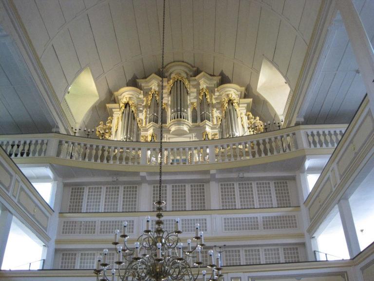 Восстановленный орган в Арнштадте, на котором играл И.С. Бах