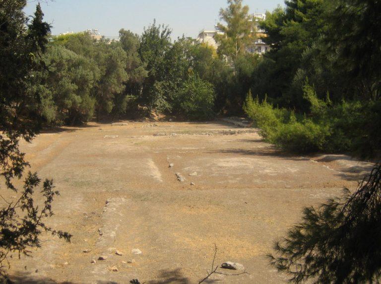 Археологические раскопки на месте платоновской Академии