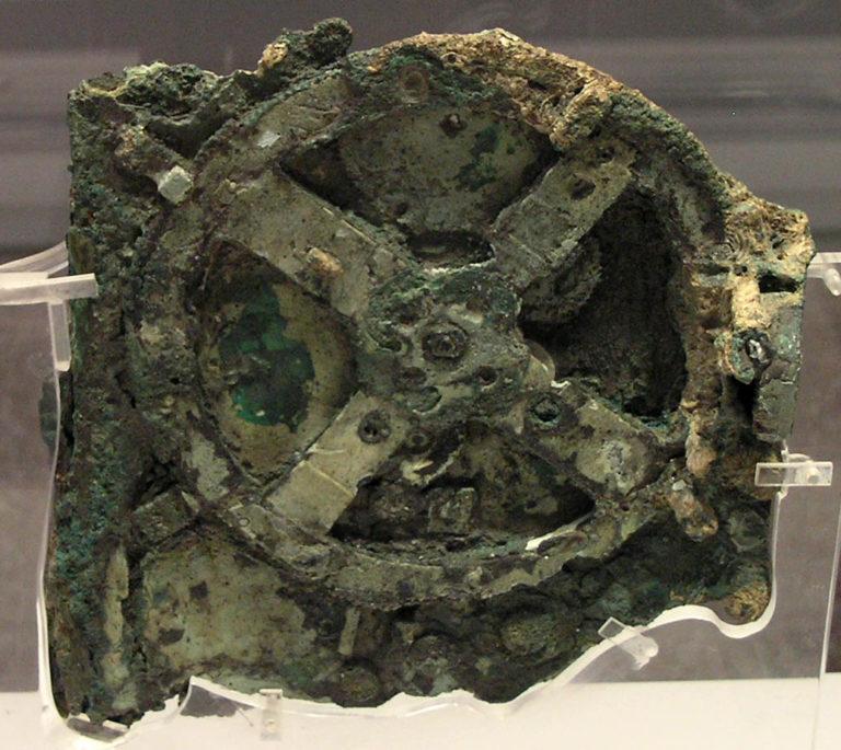 Антикитерский механизм. 205-100 гг. до н.э.
