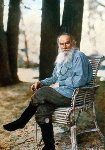 Лев Толстой в Ясной Поляне (май 1908)