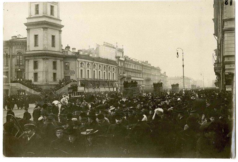 Митинг протеста против манифеста 17 октября. 1905