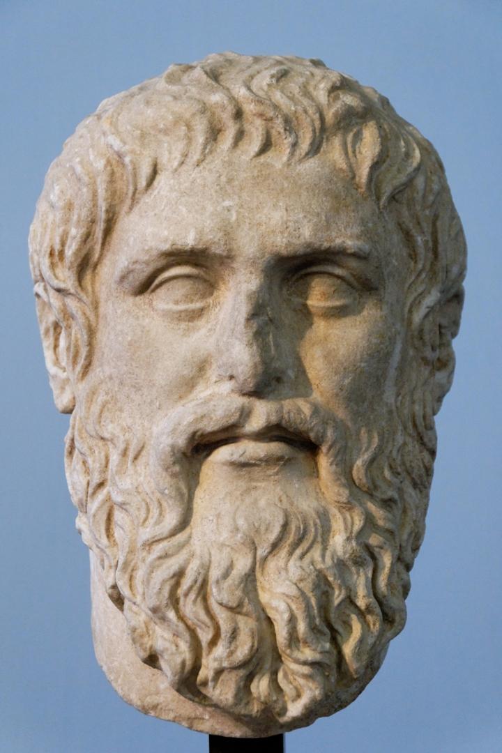 Платон (греч. Πλάτων; 428/427 или 424/423 – 348/347 до н.э.)