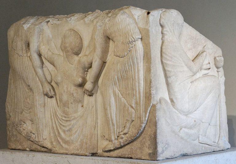 Так называемый «Трон Людовизи». Ок. 460 г. до н.э.