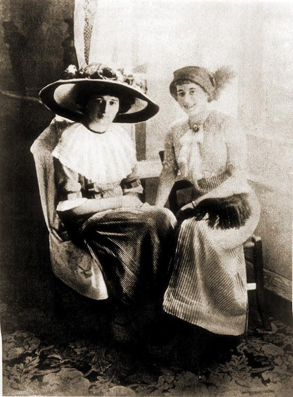 С подругой в Италии. 1912