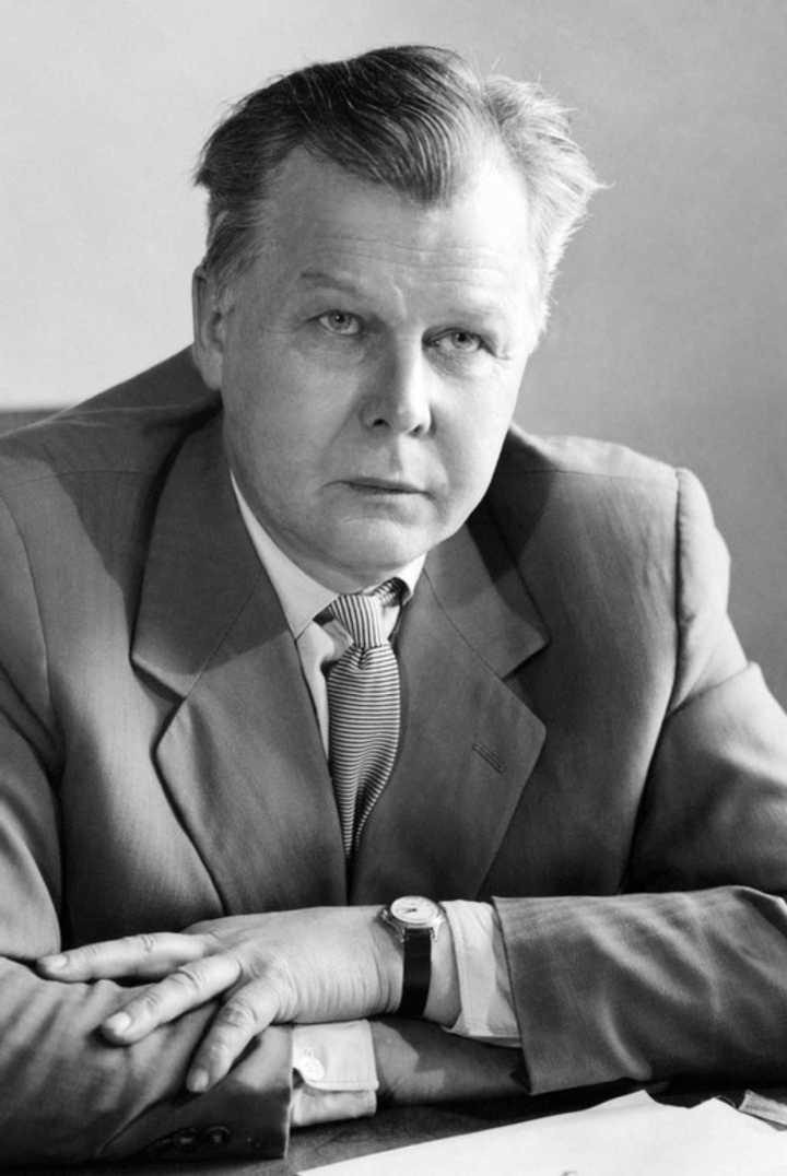 Александр Трифонович Твардовский (1910—1971)