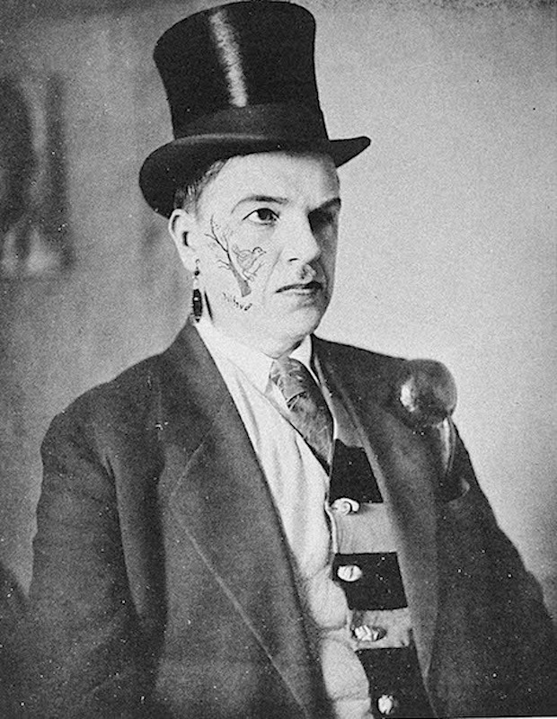Давид Давидович Бурлюк (1882 — 1967) в футуристическом гриме. 1910-е