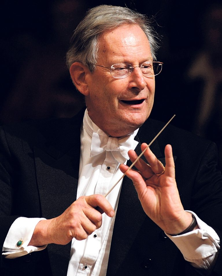 Джон Элиот Гардинер (англ. Sir John Eliot Gardiner, род. 1943)