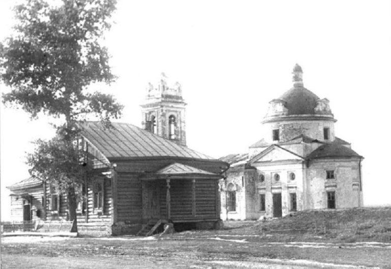 Село Константиново. Храм Казанской иконы Божией Матери