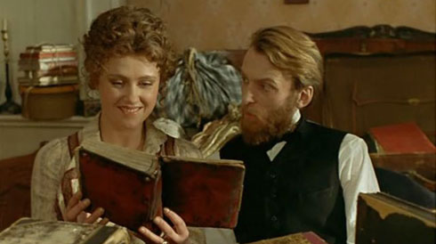 Кадр из фильма «Мелкий бес» (1995 год)