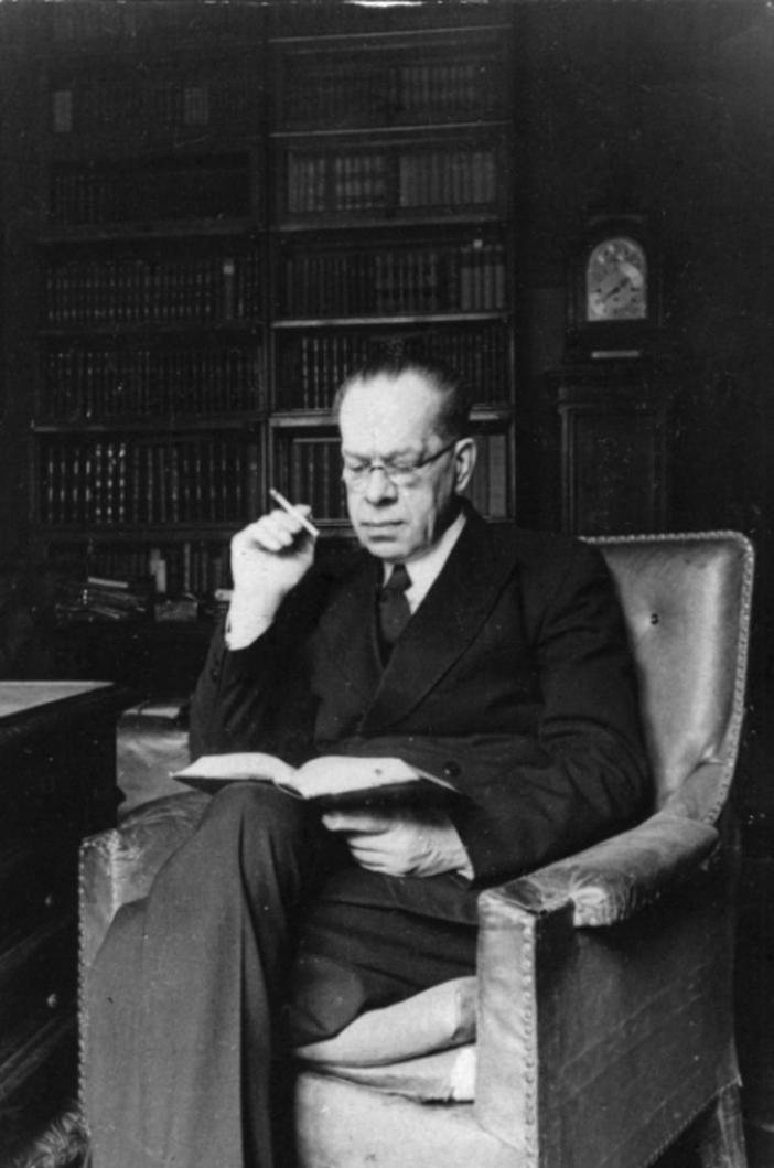 Михаил Леонидович Лозинский (1886 — 1955)