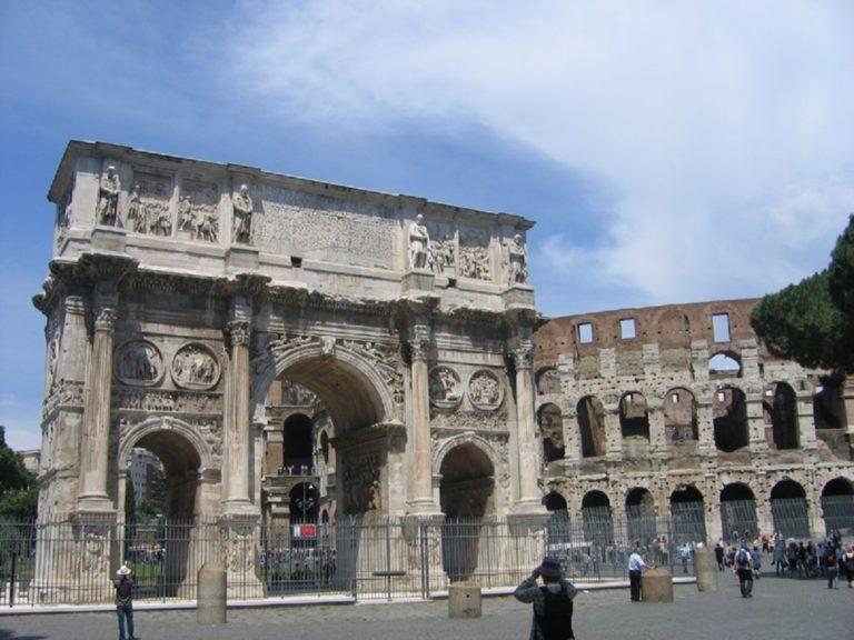 Арка Константина. IV в. Рим