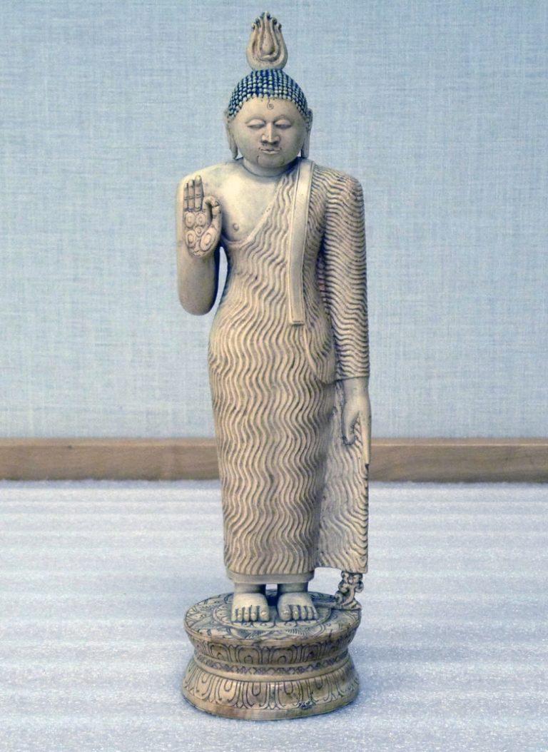 Будда, проповедующий дхарму. Шри-Ланка, XVIII в.