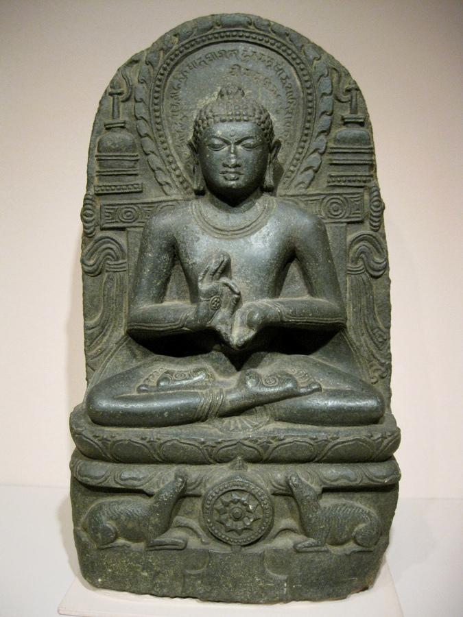 Будда с колесом дхармы. Индия, IX–X вв.