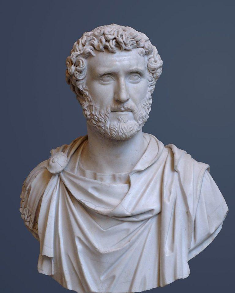 Бюст императора Антонина Пия (86–161 гг. н.э.)