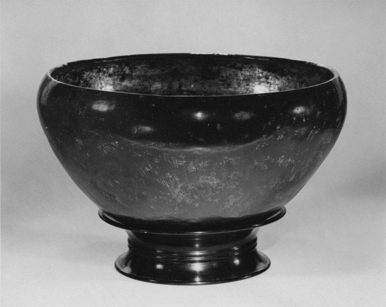 Чаша для подаяний. Япония, VIII в.