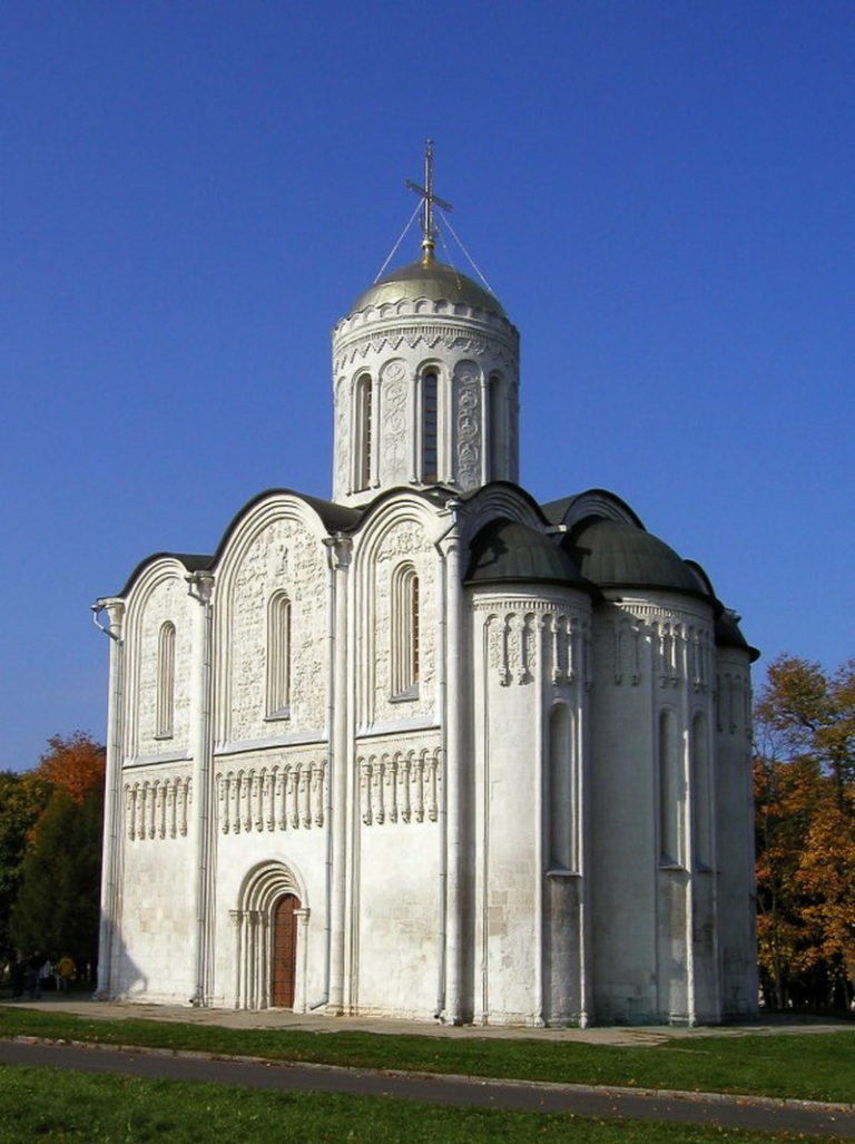 Дмитровский собор. 1194—1197 гг.