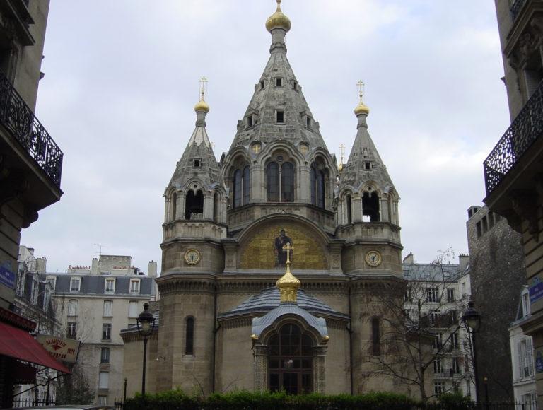 Храм св. Александра Невского на рю Дарю в Париже