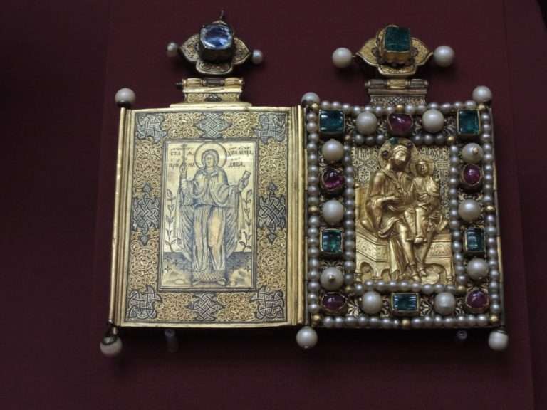 Икона-мощевик царицы Ирины Федоровны Годуновой. Конец XVI в.