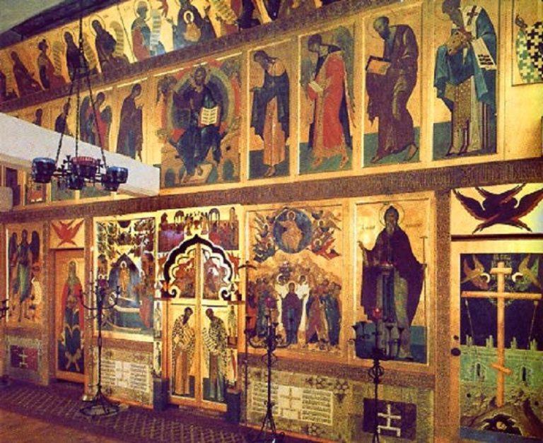 Иконостас Корнилиевского придела Никольского собора