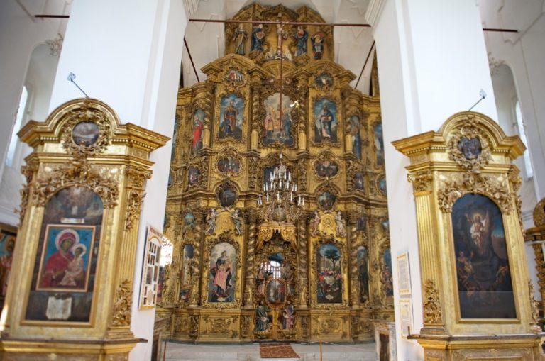 Иконостас Троице-Глединского монастыря