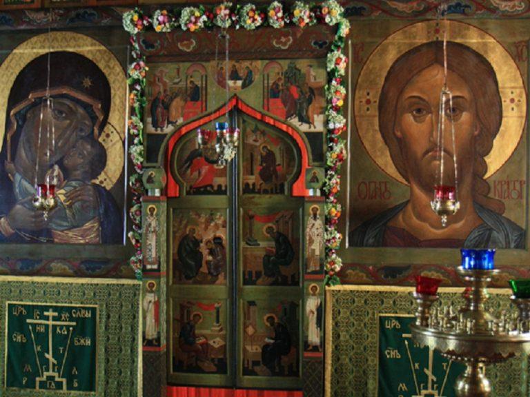 Иконостас церкви Параскевы Пятницы