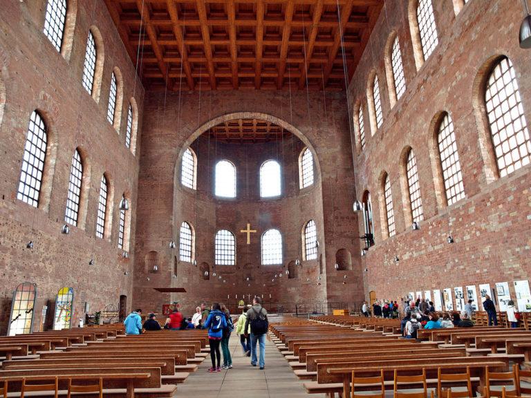 Интерьер базилики Константина. Трир