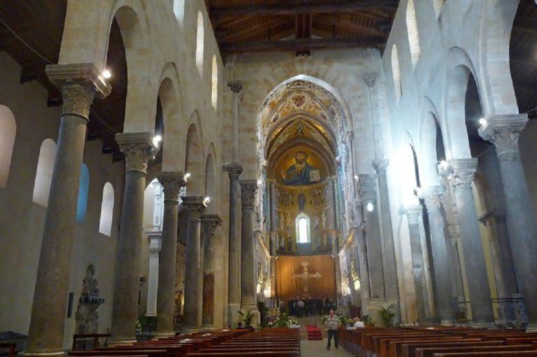 Интерьер собора в Чефалу. 1131-1267 гг.