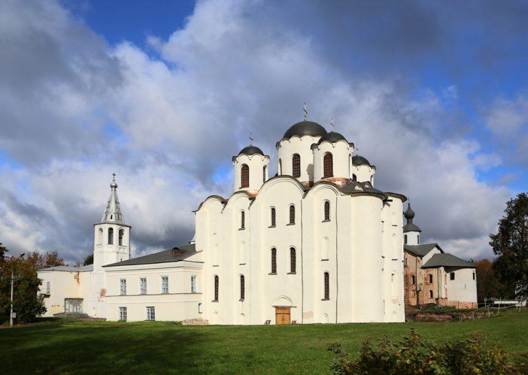 Никольский собор на дворище. 30-е гг. XII в.