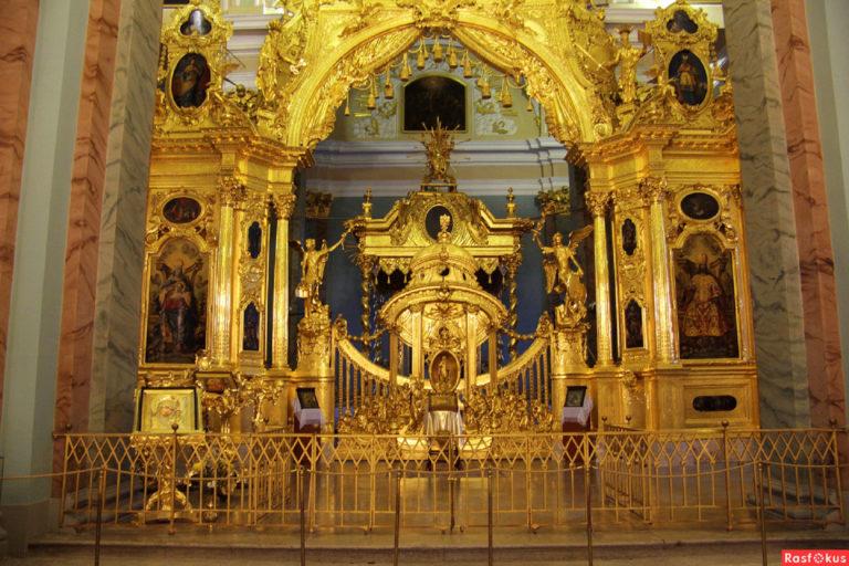 Петропавловский собор. Иконостас