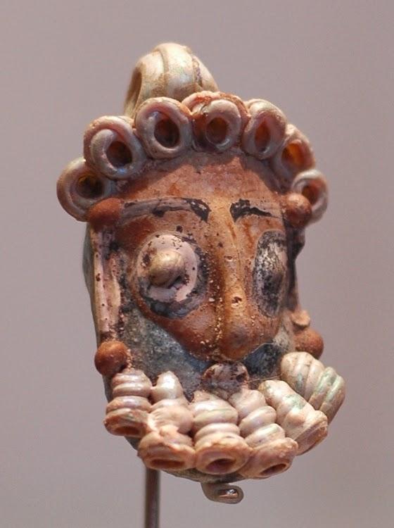 Пунийский кулон в форме человека с бородой. IV-III вв. до н.э.
