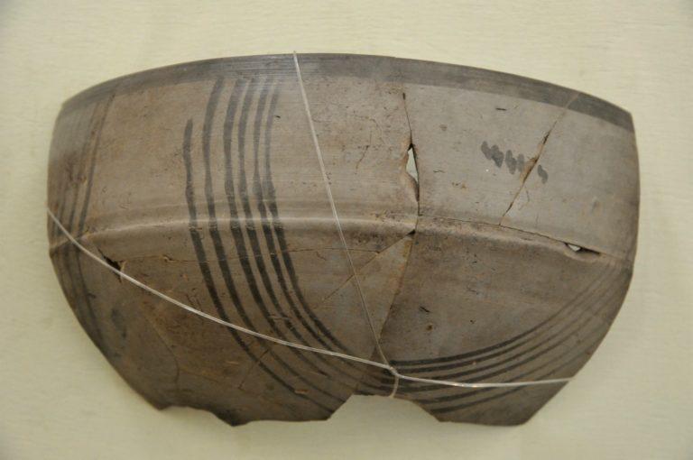 Серая расписная керамика. I тыс. до н.э.