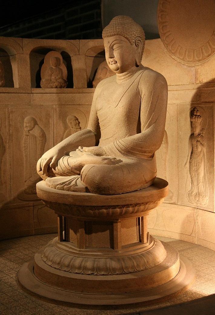 Сидящий Будда. VIII в.