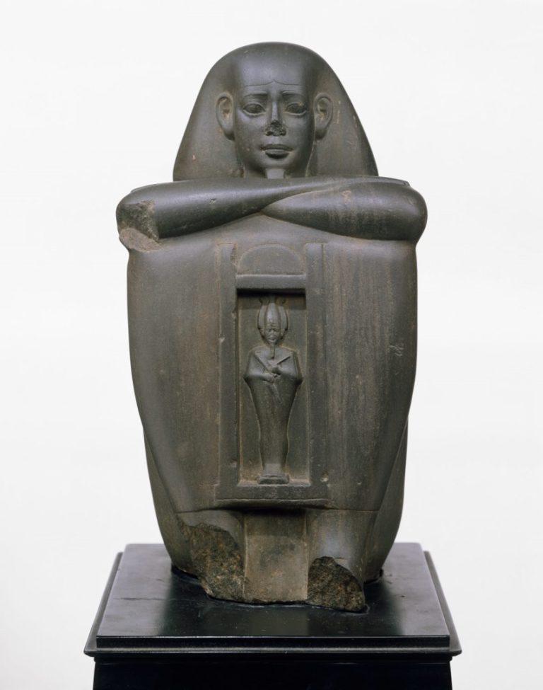 Статуя саисского правителя. 664–610 гг. до н.э.