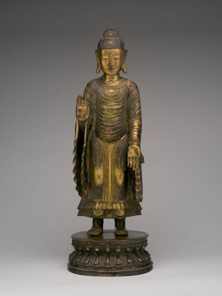 Стоящий Будда в абхая-мудра. Китай, XVI–XVII вв.