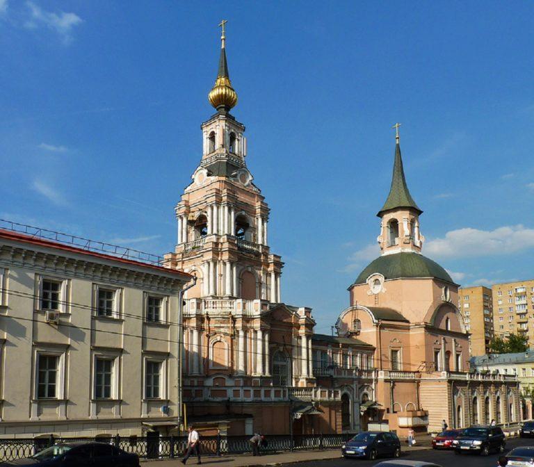 Церковь Петра и Павла. 1705—1728