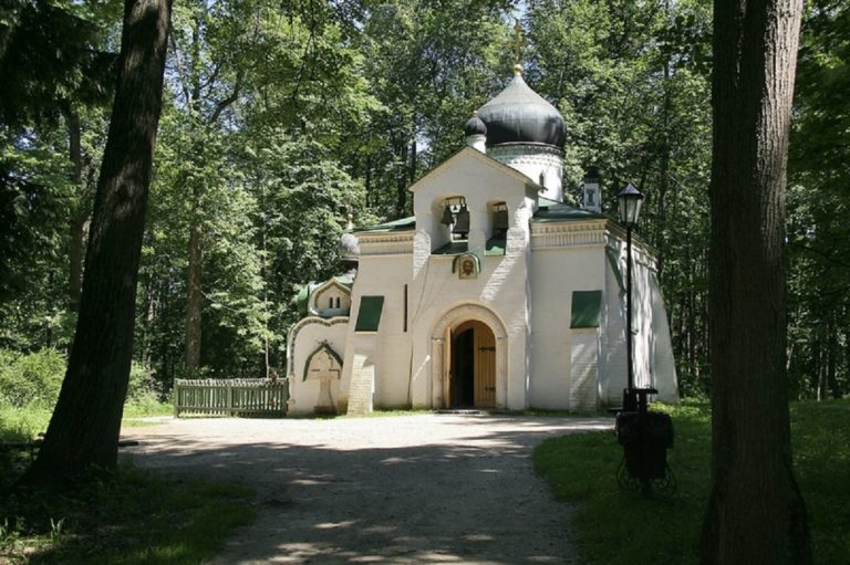 Церковь Спаса Нерукотворного в Абрамцево. 1880-е