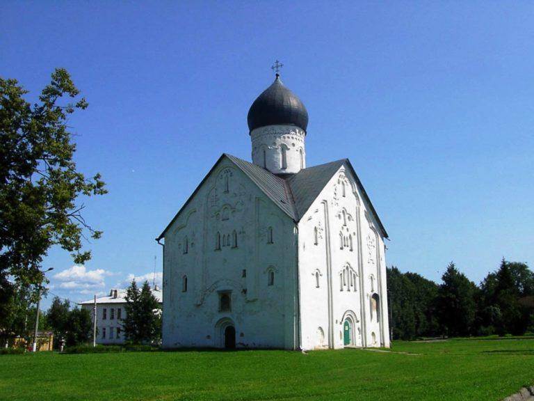 Церковь Спаса Преображения на Ильине улице. 1374 г.