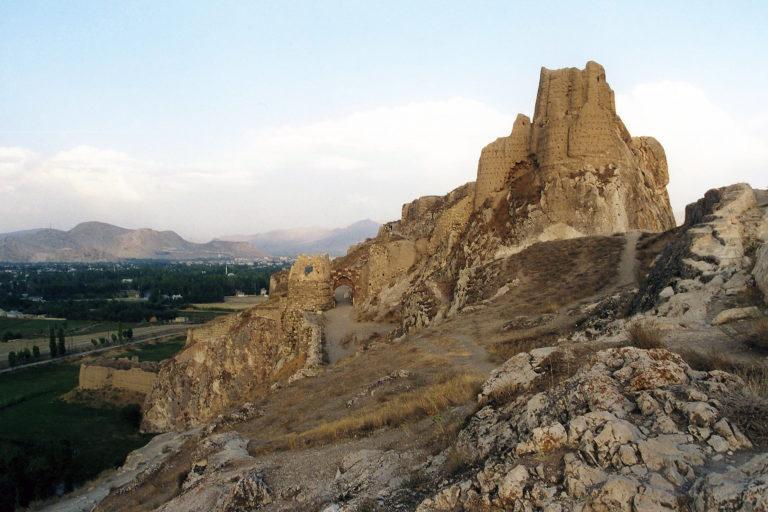 Цитадель урартских царей на Ванской скале в Тушпе