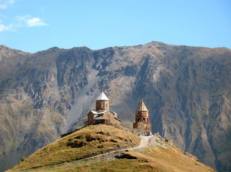 Троицкая церковь в Гергети. XIV в.