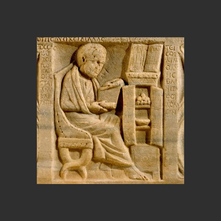Древнейшее изображение римского рабочего кабинета со свитками на полках. Остия, 200-300 гг.