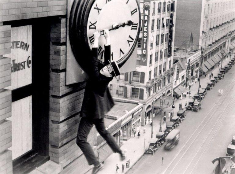 Наконец в безопасности. Кадр из фильма. 1923