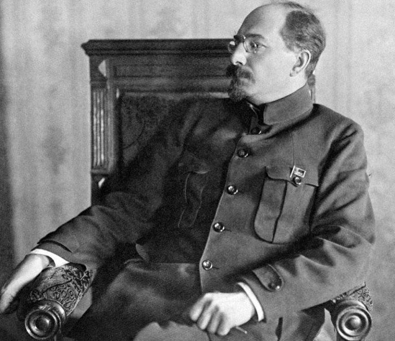 Анатолий Васильевич Луначарский (1875–1933)