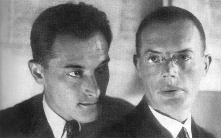Илья Ильф и Евгений Петров в редакции газеты «Гудок». 1929