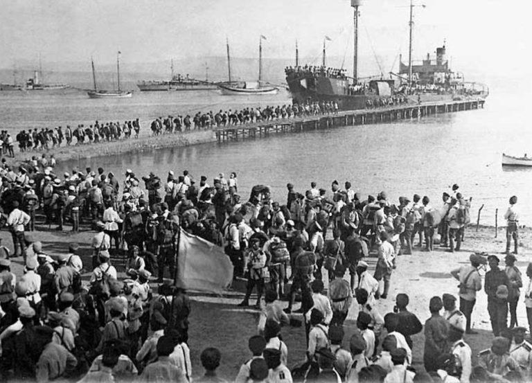 Исход Белой армии из Крыма. 1920