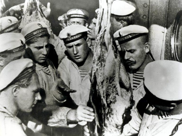 Кадр из фильма «Броненосец Потемкин». 1925
