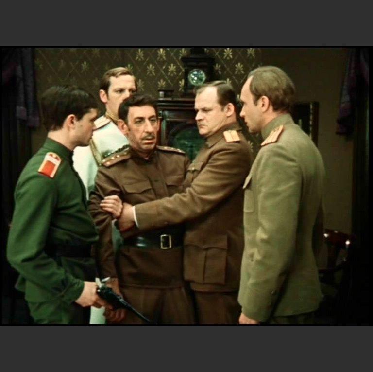 Кадр из фильма «Дни Турбиных». 1976