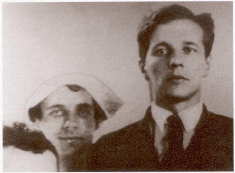 Николай Макарович Олейников (1898–1937) и Александр Иванович Введенский (1904–1941). Ленинград, нач. 1930-х