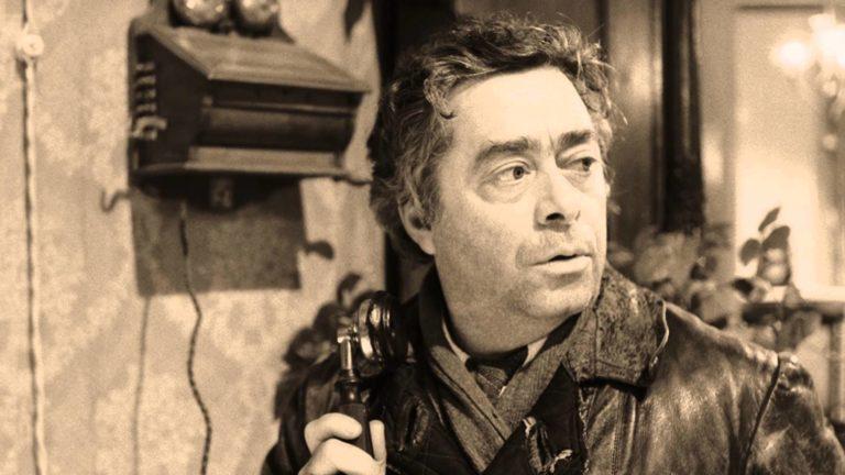 Роман Карцев в роли председателя домкома Швондера. 1988