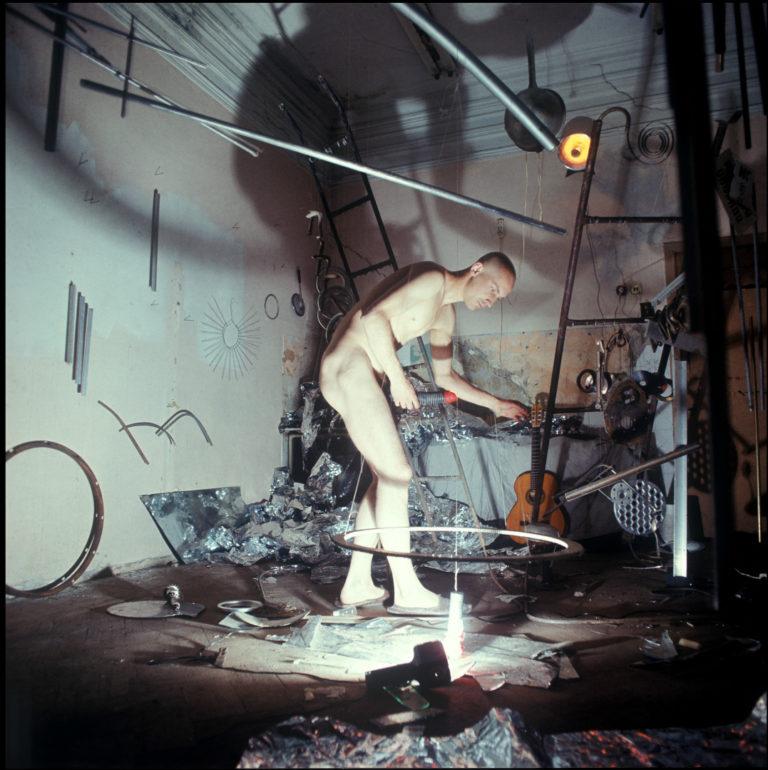 Бикапо. Комната Германа Виноградова в мастерской «Детский сад». Москва, 1986