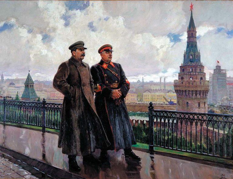 И. В. Сталин и К. Е. Ворошилов в Кремле. 1938
